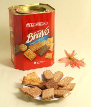 6 x 700 gm Bravo Assorted Biscuit